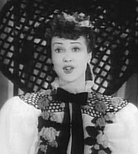 "Gypsy Rose Lee en ""Stage Door Canteen"" (1943)"