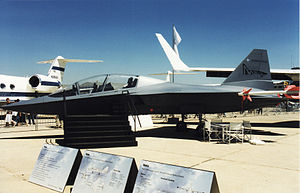 EADS Mako jet trainer mockup at Paris Air Show June 1999.jpg